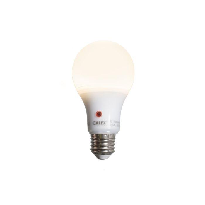 LED-lamp-A65-E27-8W-710-lumen-met-sensor