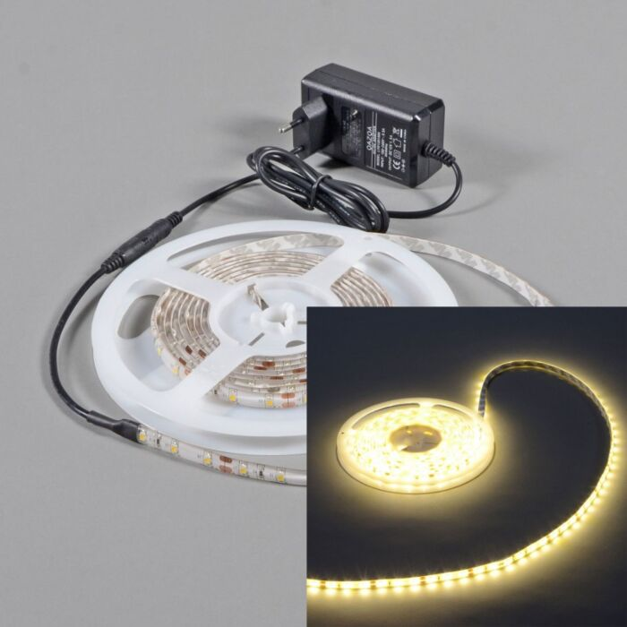 Flexibele-warm-witte-LED-strip-IP65-5mtr-set