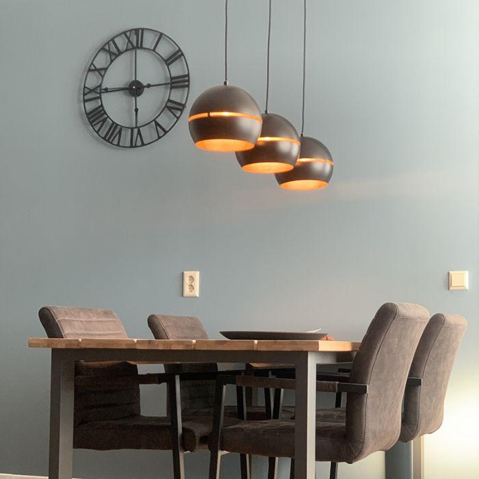Design-hanglamp-zwart-met-gouden-binnenkant-3-lichts---Buell
