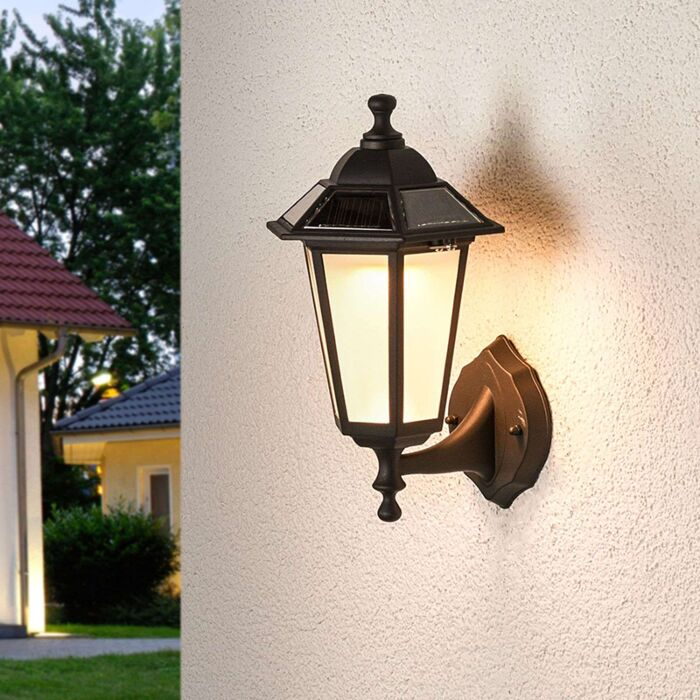 Klassieke-buitenlamp-zwart-lantaarn-incl.-LED-solar---Kristin